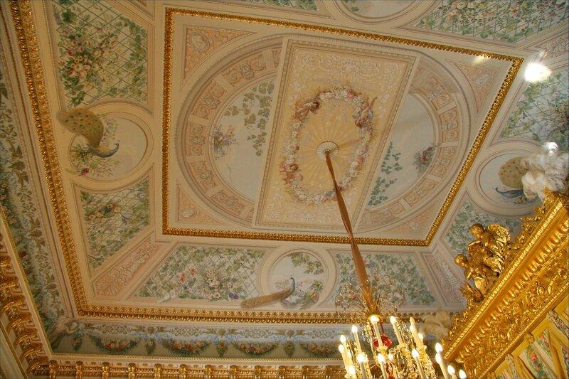 Павловский дворец, Парадная спальня