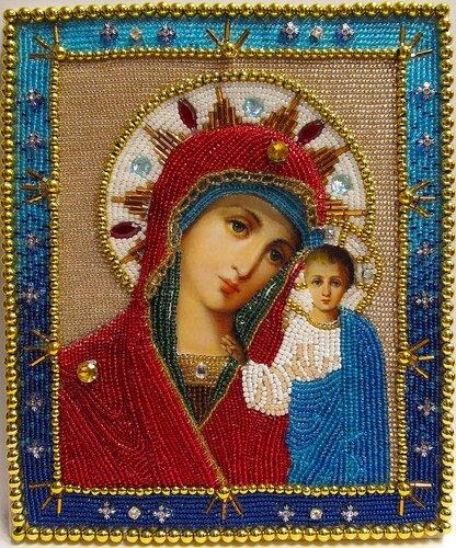 Вышитая бисером Казанская икона Божией Матери