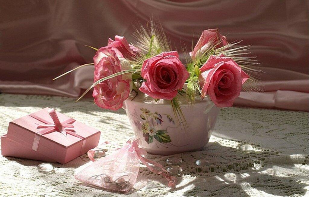 lovely-pink-roses.jpg