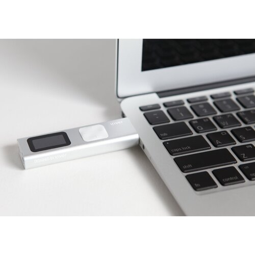 iriver T9 & MacBook (источник: amazon.com)