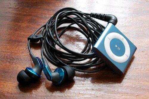 Panasonic RP-HJE350 и iPod Shuffle