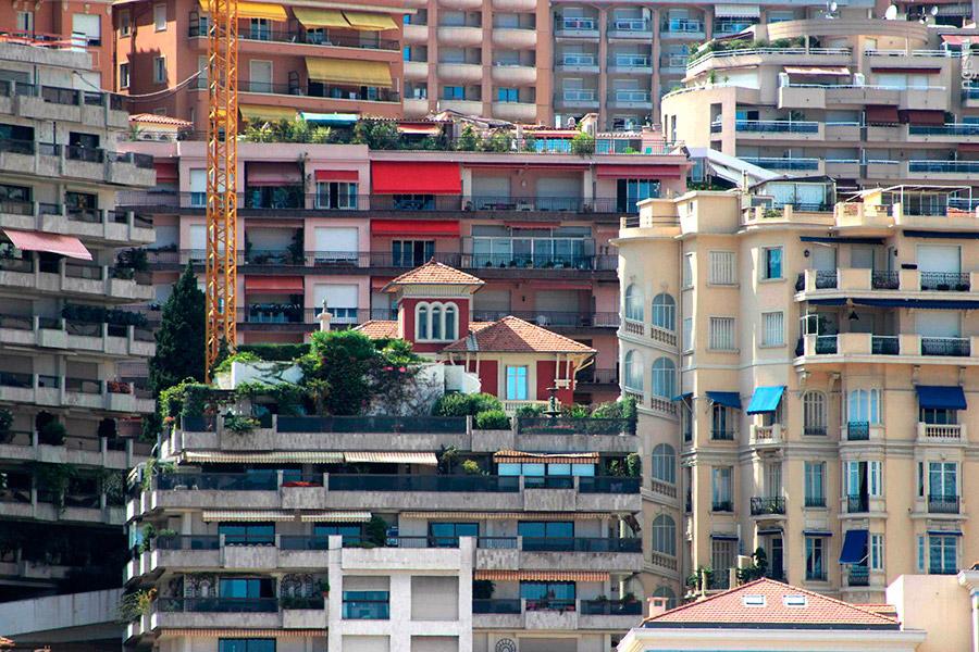 4. Несмотря на весьма скромные размеры, Монако включает в себя целых 10 районов со своей спецификой,