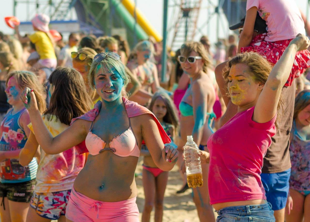 фестиваль красок в витязево фото