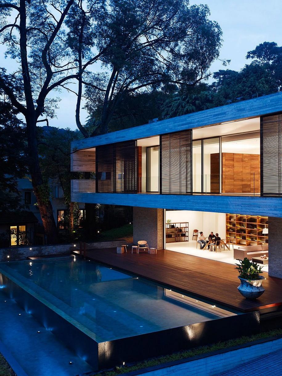 Частный дом JKC1 в Сингапуре от компании ONG&ONG