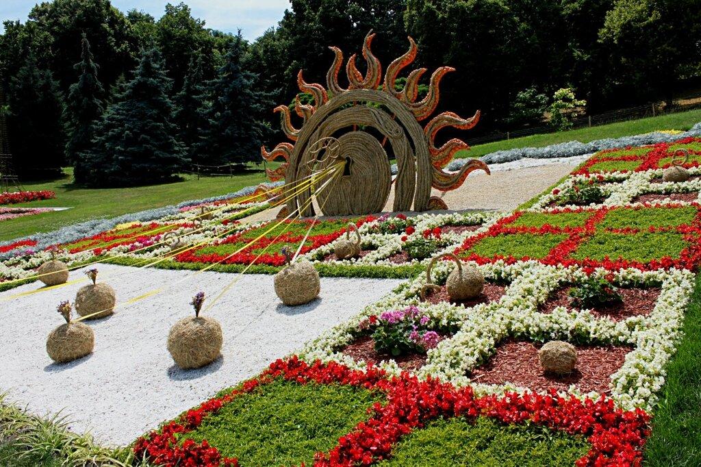 Инсталляция Ключи от Солнца