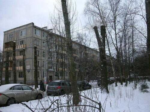 Бассейная ул. 79