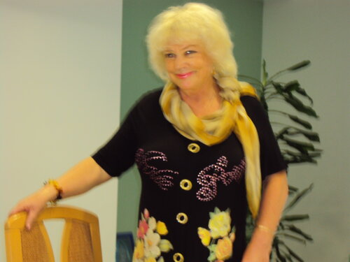 Художница Валентина Маслова