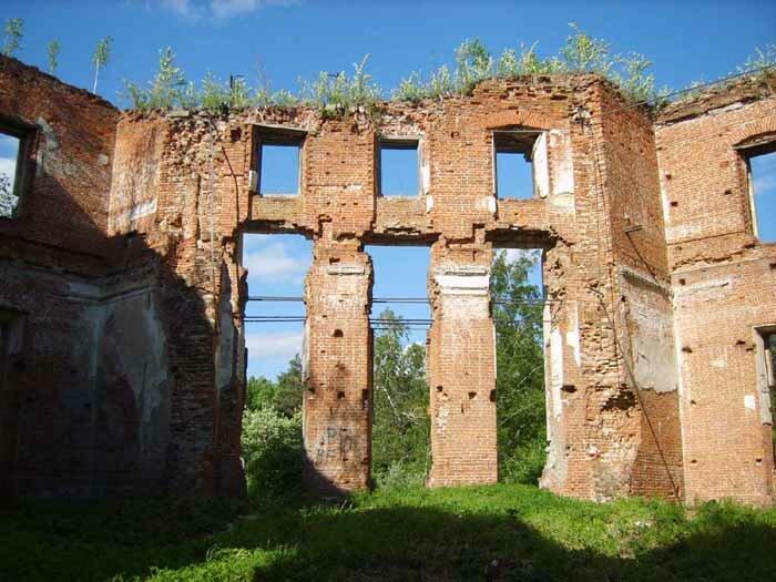 заброшенная усадьба Петровское-Алабино