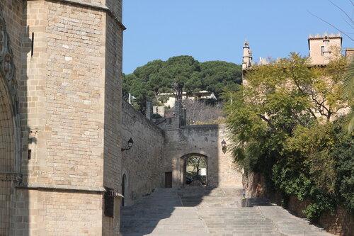 Барселона. Монастырь Pedrables