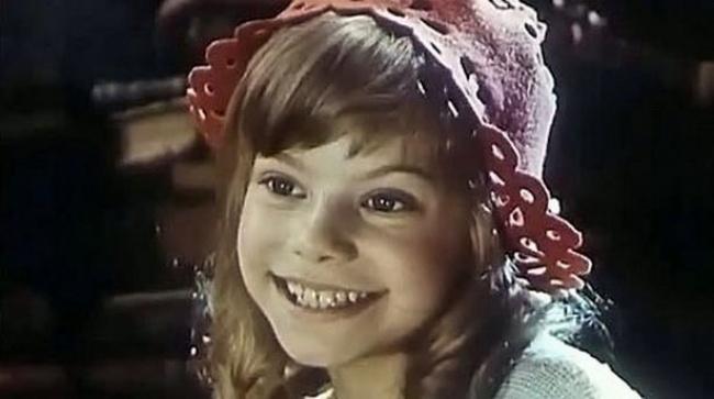 Беларусьфильм Фильму-мюзиклу вдвух частях оприключениях Красной Шапочки вэтом году исполнилось 38