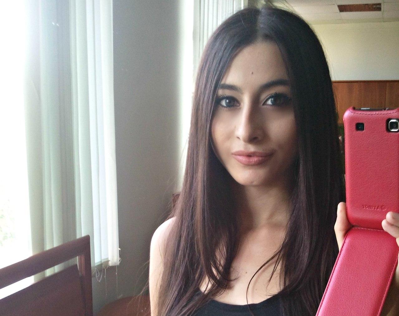 Фото с красивыми армянскими девушками 25 фотография