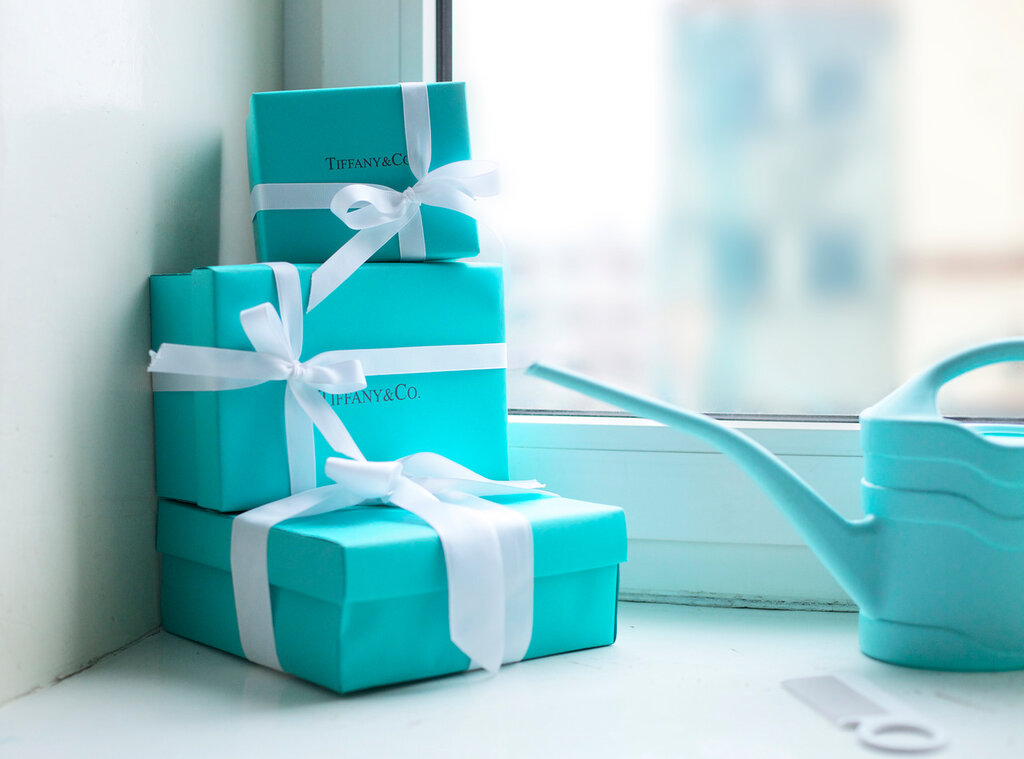 Tiffany blue wedding save the dates and favors