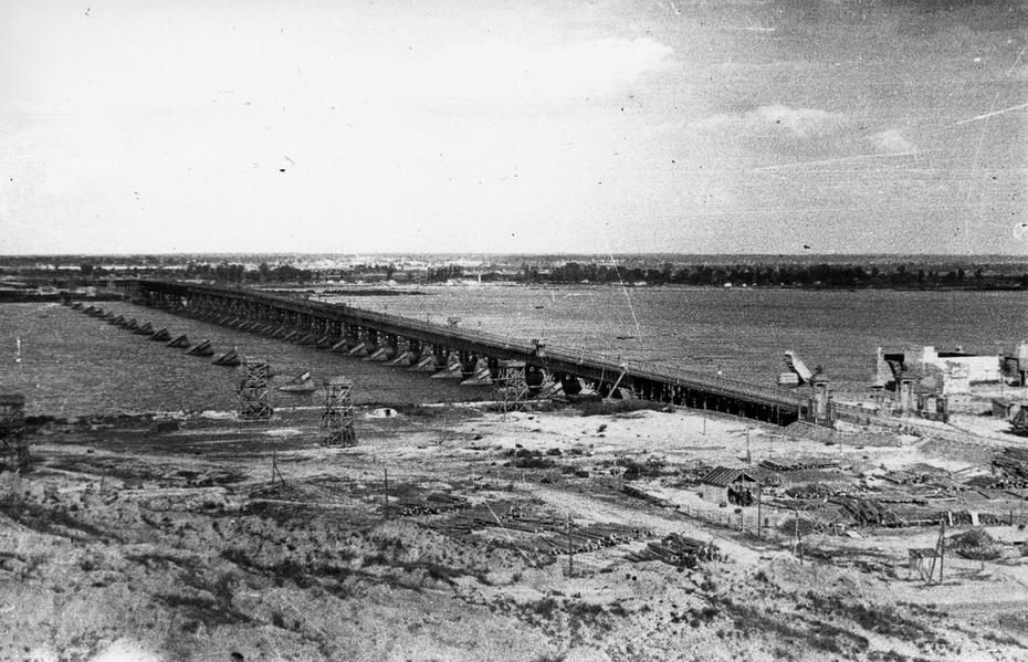 1946.05. Наводницкий мост
