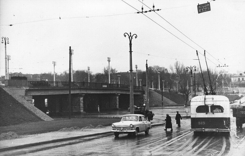 1958. Воздухофлотский путепровод
