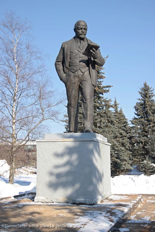 Фрязино. Московская улица. Памятник В.И.Ленину.