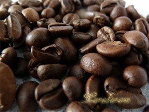 Зерна кофе для обсыпки мороженого