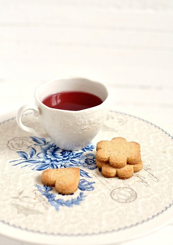 печенье и чай