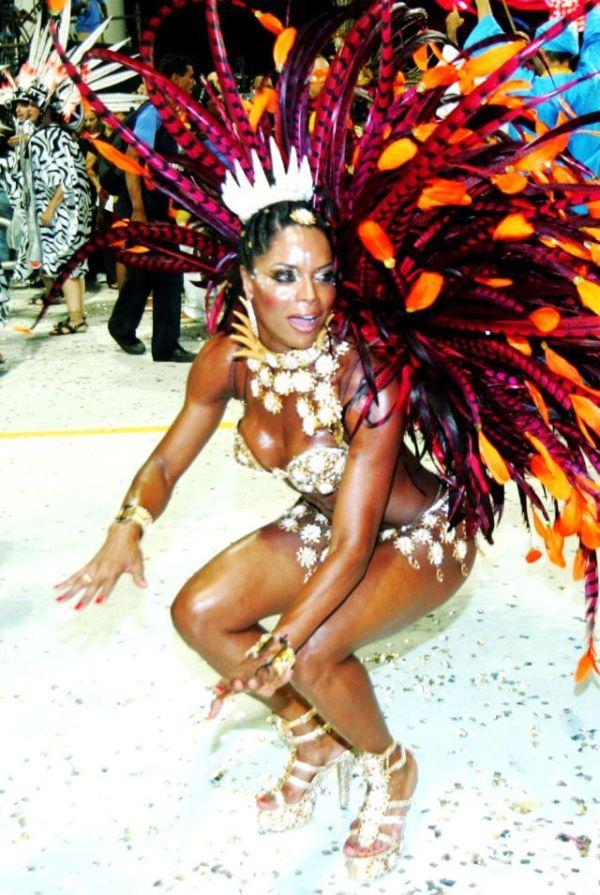 Голый карнавал фото ошибаетесь