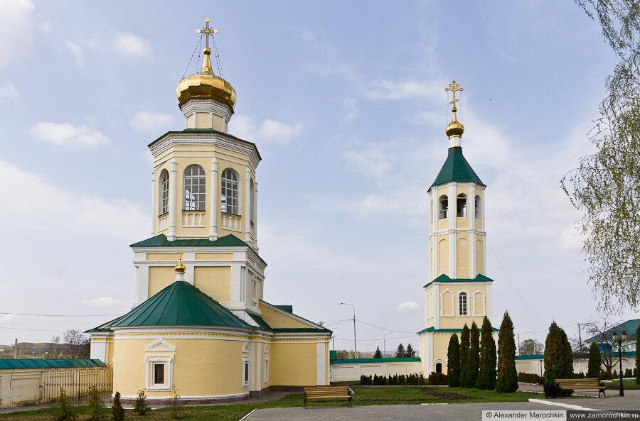 Михайло-Архангельская церковь и Надвратная колокольня Макаровского монастыря Саранск
