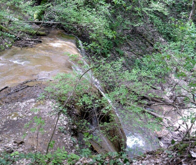 У реки, в окрестностях Горячего Ключа, апрель 2013