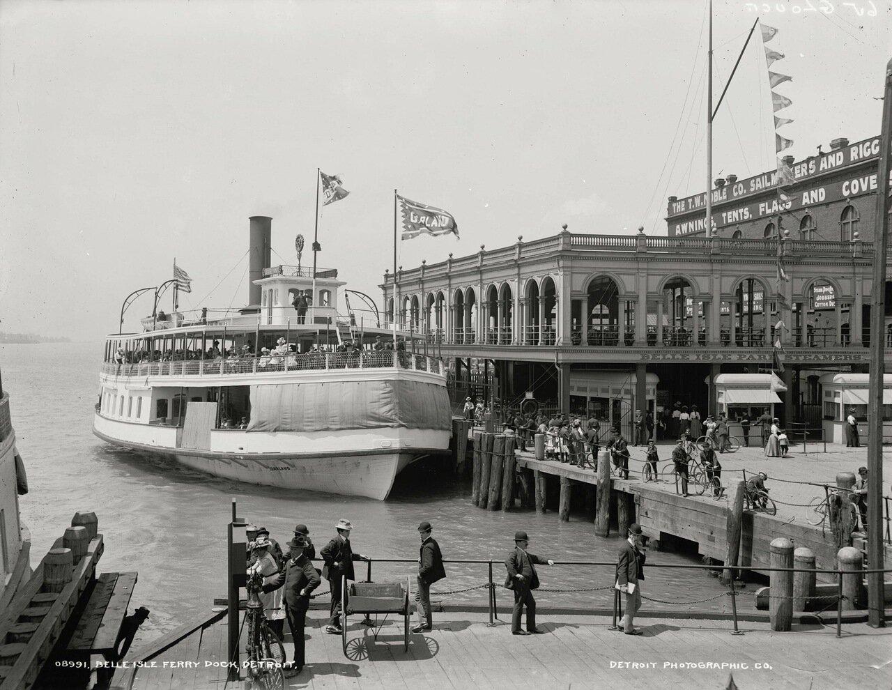 Причал парома на Бель-Иль, Детройт, примерно 1900-06 гг.