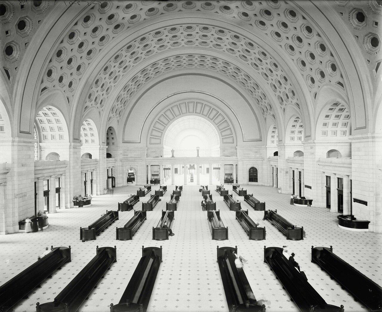 Большой зал Юнион Стейшн в Вашингтоне, примерно 1905-10 гг.