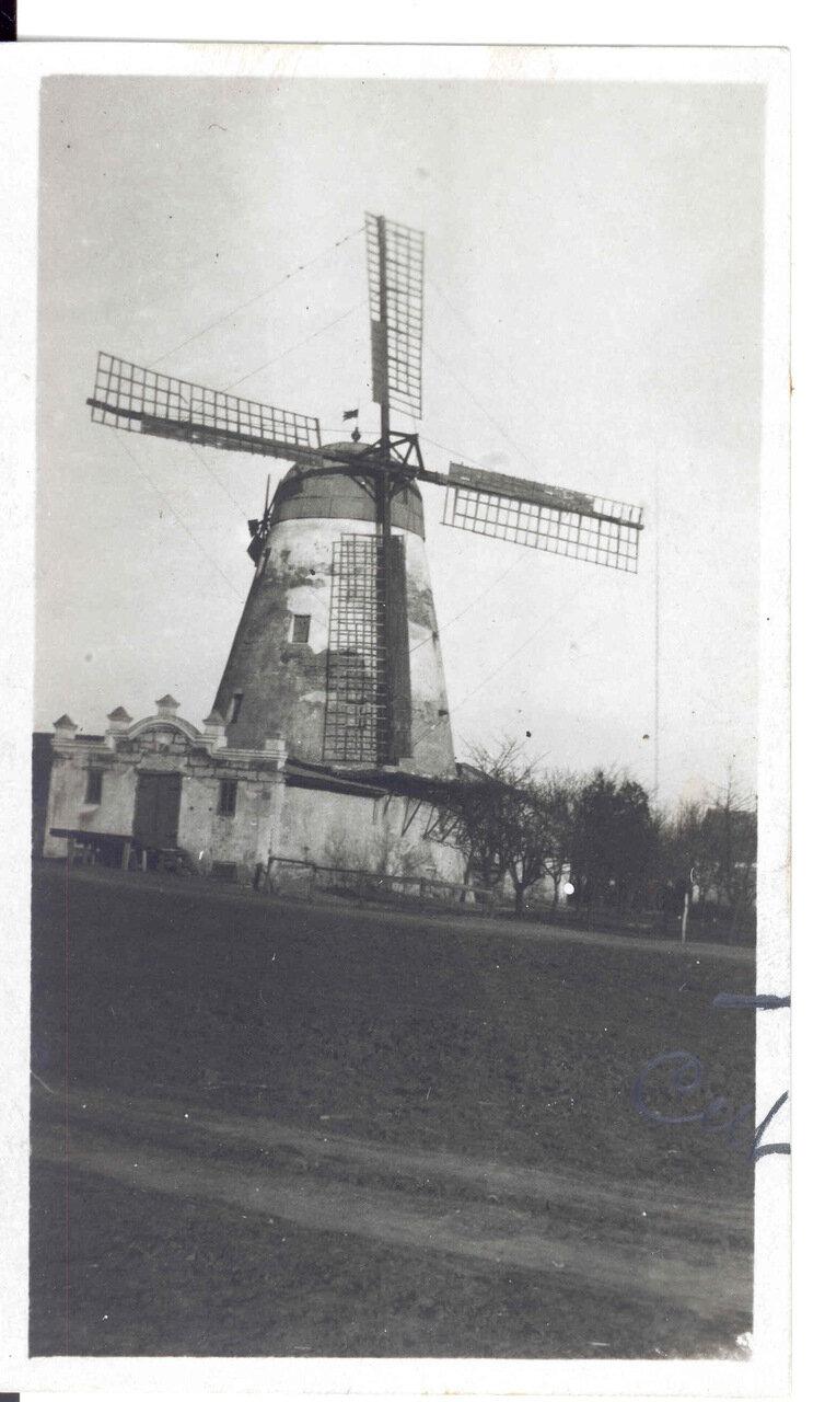 Типичная русская мельница