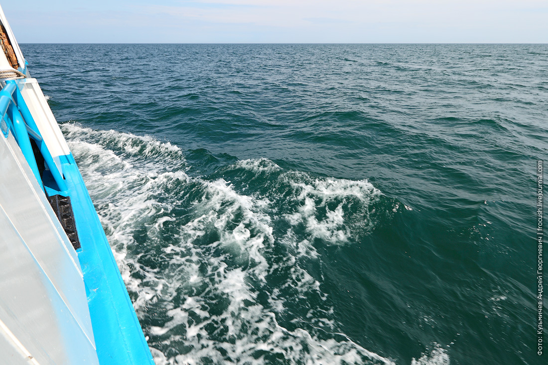 Каспийское море с борта теплохода