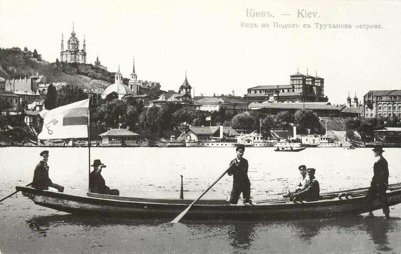 На таких лодках Гинтовт привозил гостей в свое заведение на Трухашке.