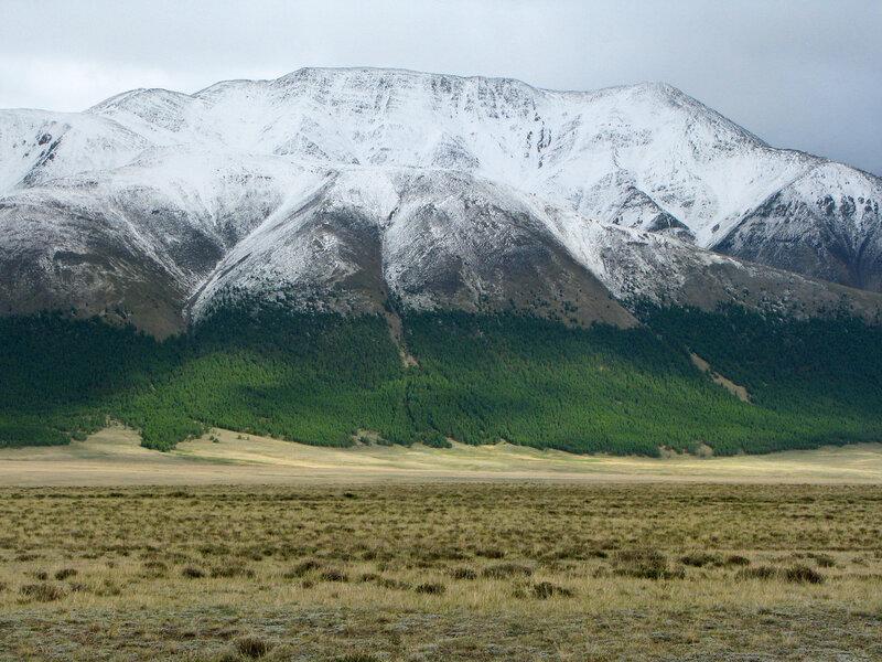 Летний снежок в горах