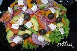 Оливки и фета для салата
