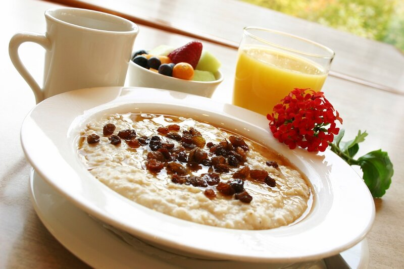 Breakfast Series - Oatmeal with raisins