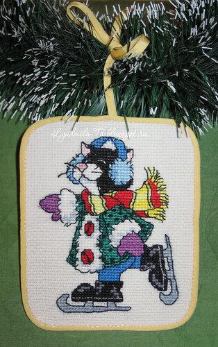 Рождественские коты (Dimensions), Рождественские коты, Dimensions, елочные игрушки, елочные украшения, игрушки на елку своими руками, новогодние котики, новогодние коты, кот с подарками, кот Санта, Кот играется, кот с мышкой поют, кот на коньках, черный кот, кот в наушниках, одетый кот,