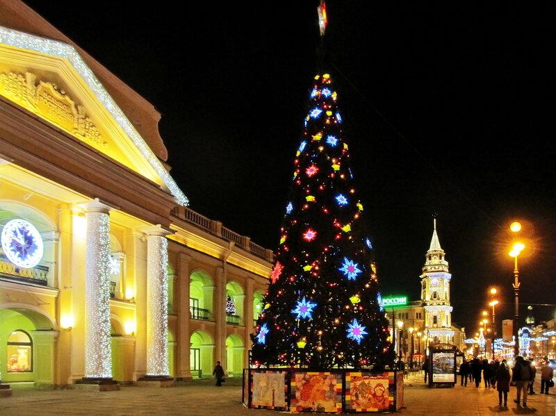 Новогодний Петербург. Ёлка у Гостиного двора