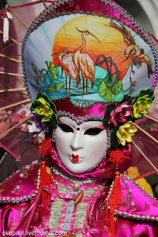 венецианский карнавал....