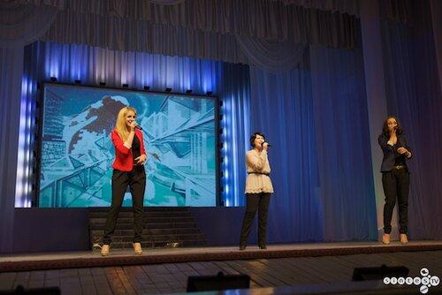 Светодиодные пиксели на  отчетном концерте Вокальной Студии
