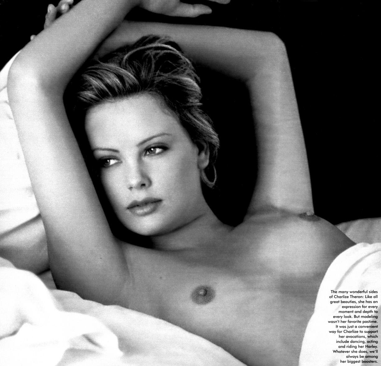 Charlize Theron / Шарлиз Терон - голая в журнале Playboy USA, май 1999 / фотограф Guido Argentini