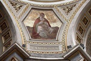 Базилика св. Адальберта, купол