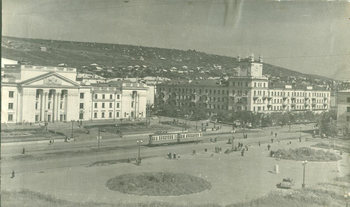 Площадь без Ленина