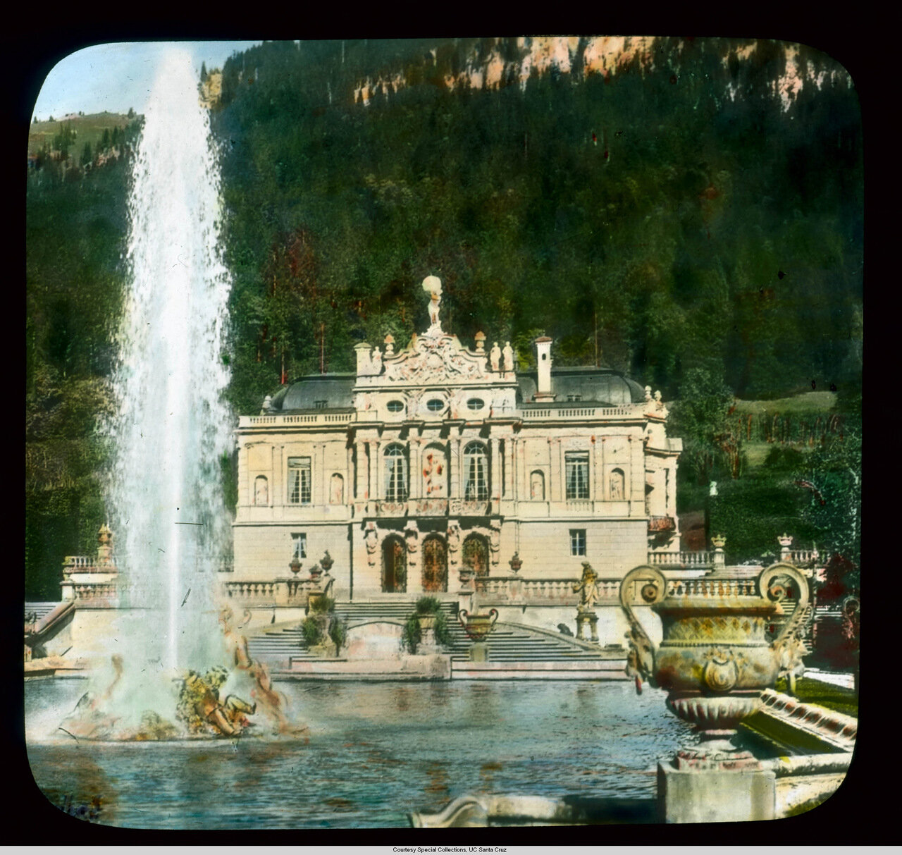 Бавария. Дворец Линдерхоф, фонтан Нептуна