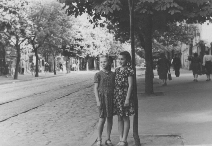 1950. Улица Ворошилова (ныне улица Ярославов Вал). Фото: Огарков В.М.