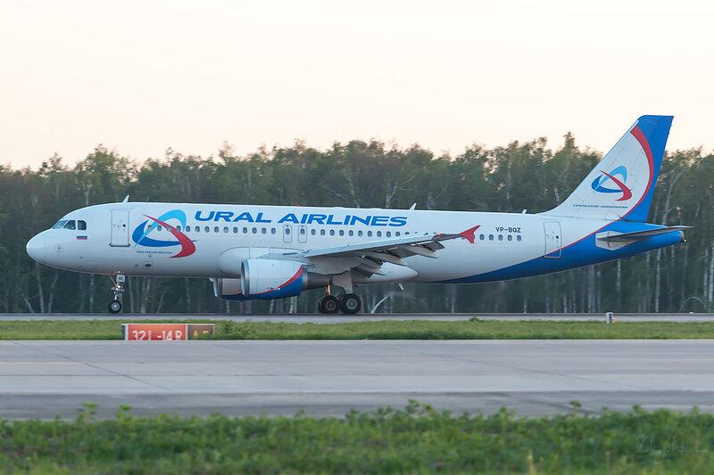 Airbus A320-211 (VP-BQZ) Уральские авиалинии DSC0706