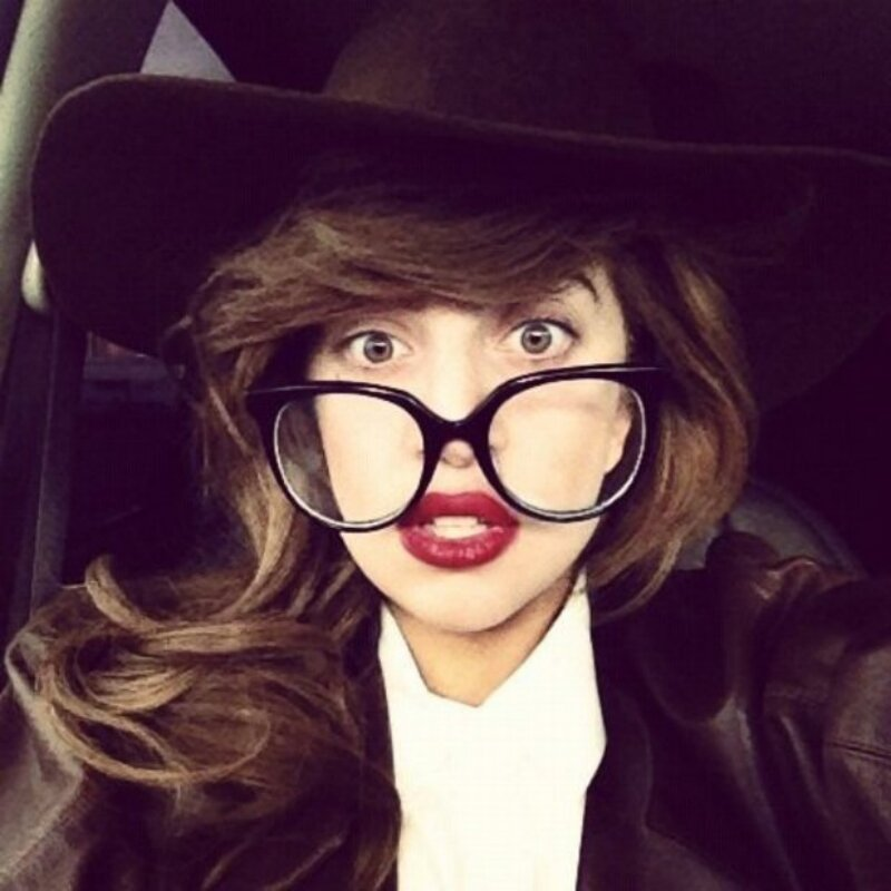 """Леди Гага сообщила о работе над альбомом  """"ARTPOP"""