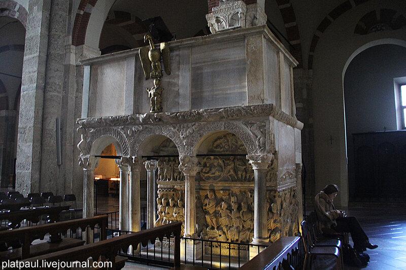 Базилика Сент-Амброджо
