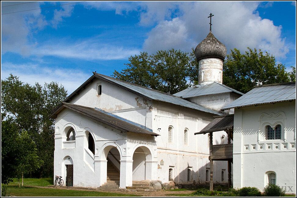 Сейчас в монастыре городской краеведческий музей.