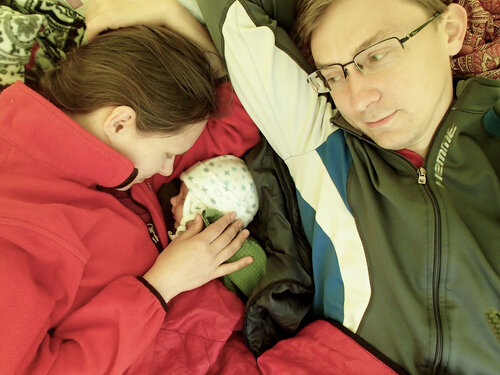 сон в палатке с полуторамесячным ребенком