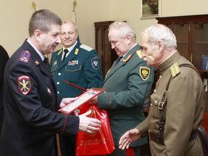 Начальник УМВД Приморья встретился с казаками