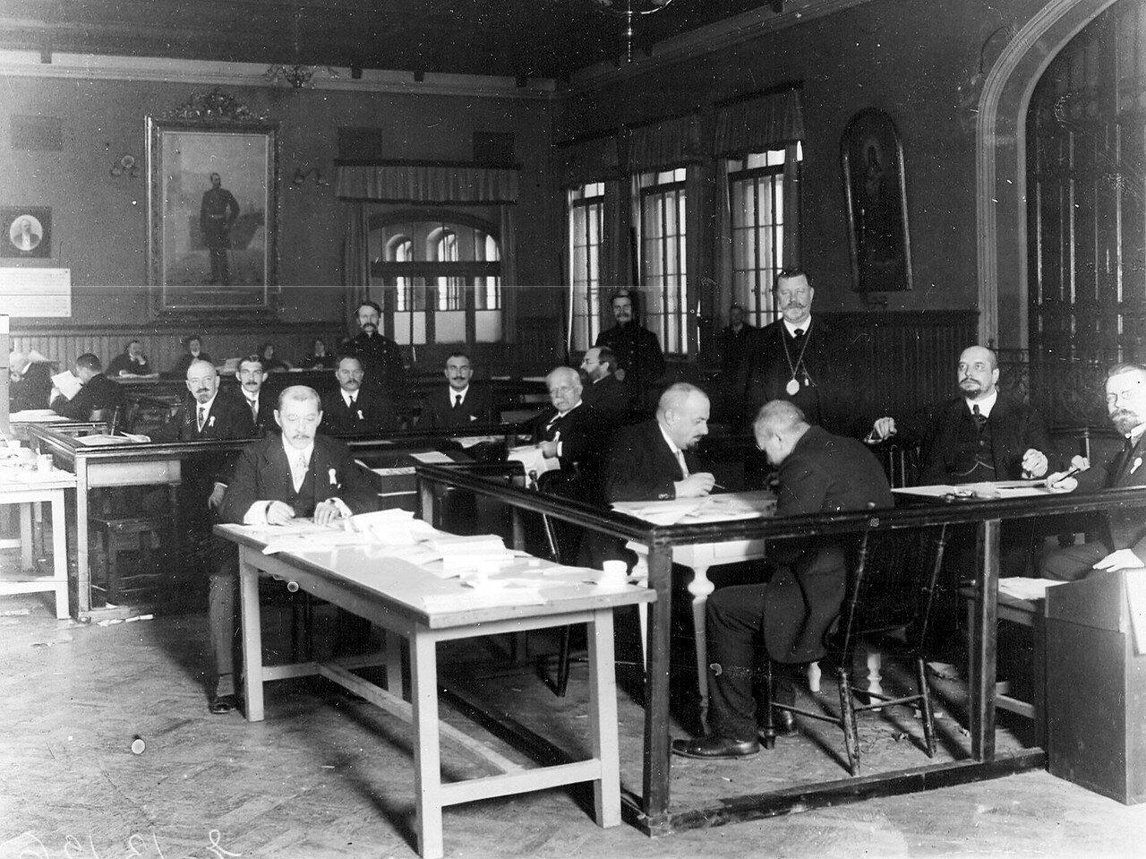 Избирательная комиссия по выборам депутатов Четвертой Государственной думы от Литейной части. Октябрь 1912