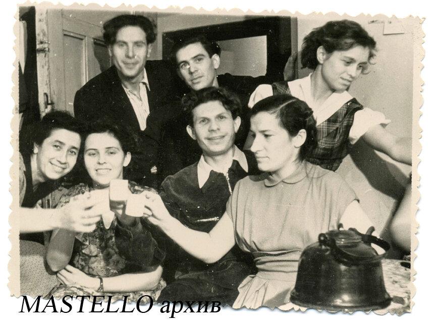 Общежитие ЗИС, 1948.