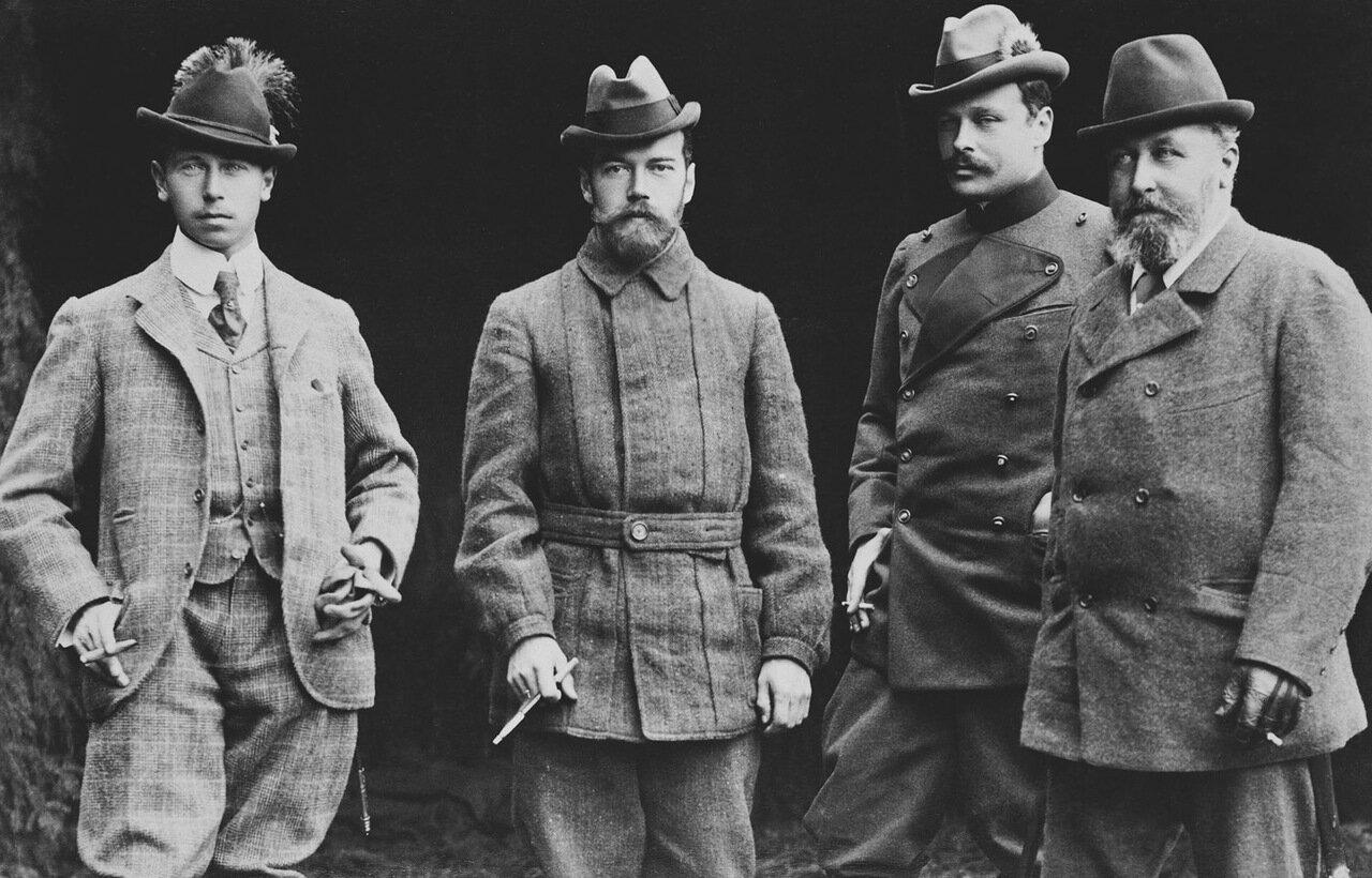 принц Альфред Саксен-Кобург-Готский, Николай II, Эрнст Людвиг Гессенский, Альфред, герцог Саксен-Кобург-Готский. Кобург, октябрь 1897 г.